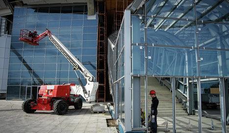 Завершен демонтаж временных опор крыши стадиона ЧМ-2018 в Санкт-Петербурге