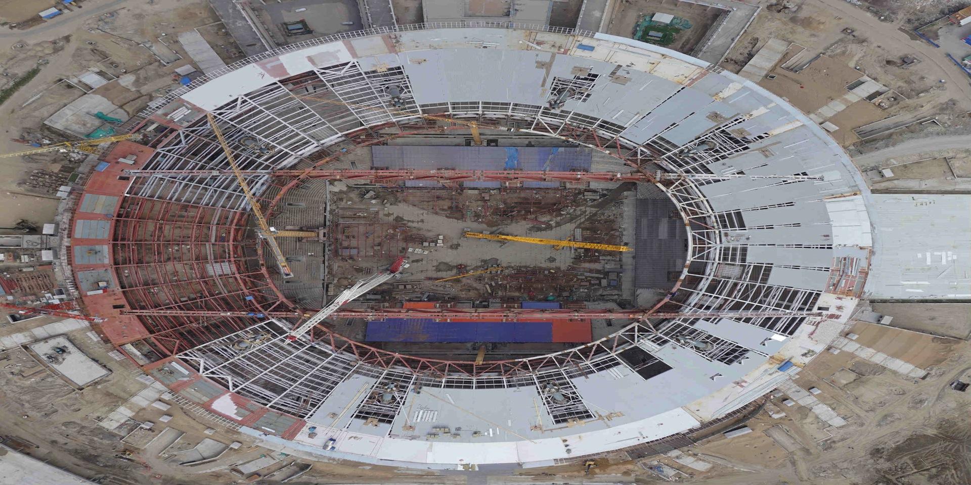 Завершен монтаж металлоконструкций стационарной кровли на стадионе в Санкт-Петербурге