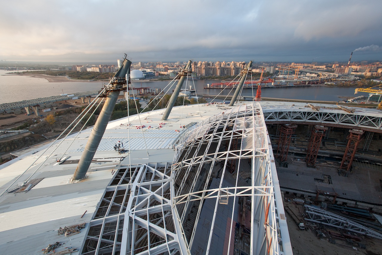 Inzhtransstroy-SPb embarked on coating of the roof of the stadium on Krestovsky Island