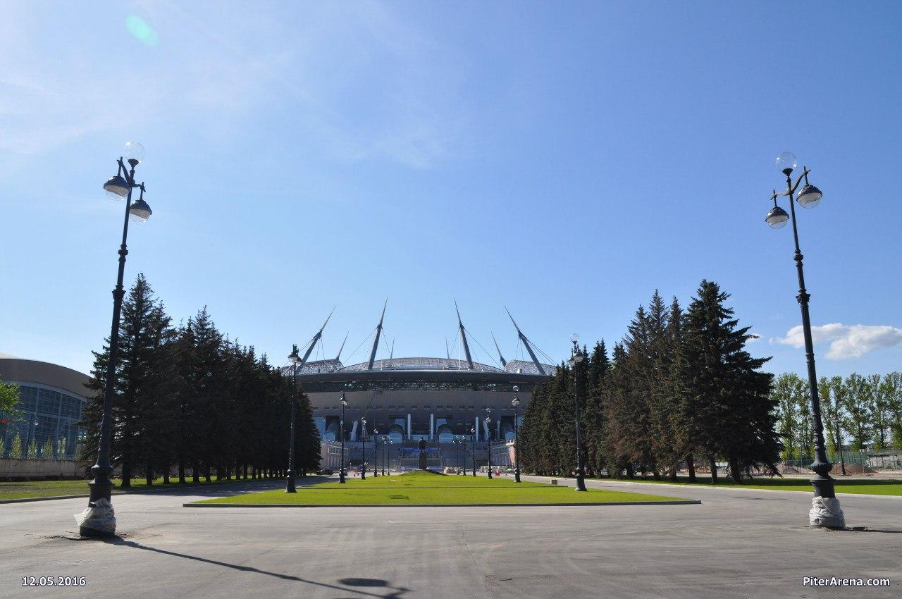«Мы все время строили разные стадионы»